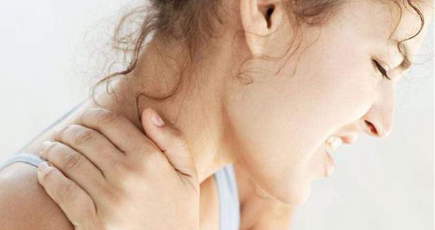 Boyun Fıtığı Neden Olur Tedavisi Nedir?
